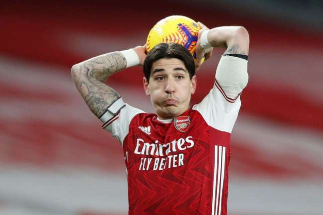 Bellerín é um dos líderes do elenco de Mikel Arteta no Arsenal (Foto: ALASTAIR GRANT / POOL / AFP)