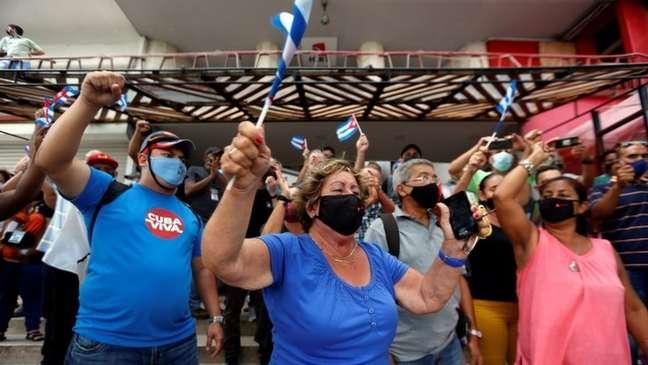 Presidente Díaz-Canel convocou apoiadores a irem às ruas