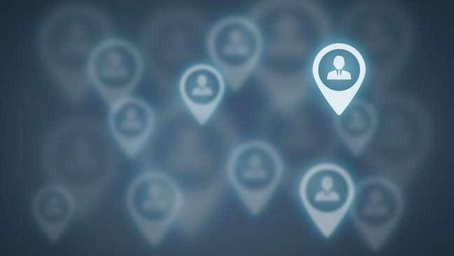 As redes sociais deveriam proteger melhor os dados públicos de seus usuários?