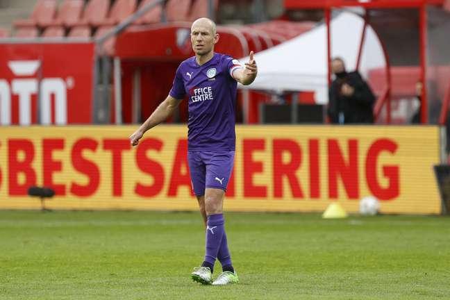 Robben com a camisa do Groningen, time que o revelou e no qual acabou encerrando a sua carreira