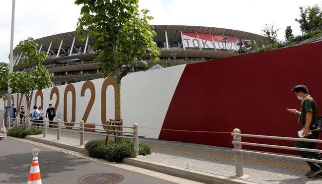 Estádio Olímpico em Tóquio, cidade onde o número de casos de coronavírus vem aumentando 15/7/2021     REUTERS/Fabrizio Bensch