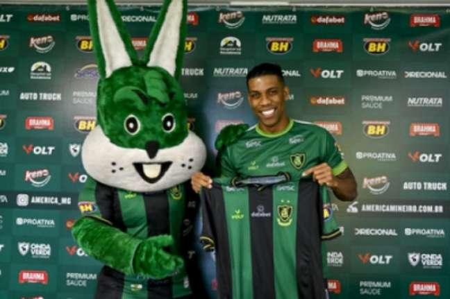 Berrio assinou contrato com o Coelho até ofim da temporada-(Mourão Panda/América-MG)