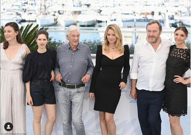 Paul Verhoeven Virginie Efira, Clotilde Courau, Daphné Patakia, Louise Chevilotte e Olivier Rabourdin em Cannes