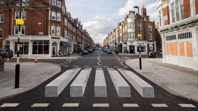 Alterar layouts e marcações de ruas foi uma maneira pela qual teóricos da psicologia do 'empurrão' tentaram manipular o comportamento das pessoas