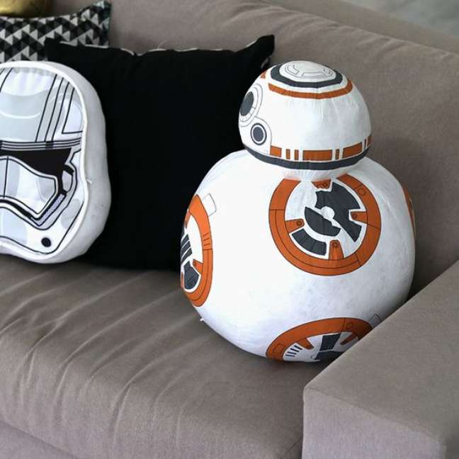 8. Almofada de decoraçao geek star wars – Foto Imaginarium