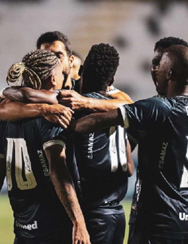 Com os dois gols de Gedoz, o Remo chegou à segunda vitória consecutiva (Foto: Divulgação/Samara Miranda/Remo)