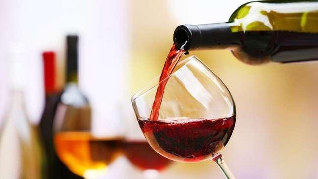 Simpatias com vinho para o amor!