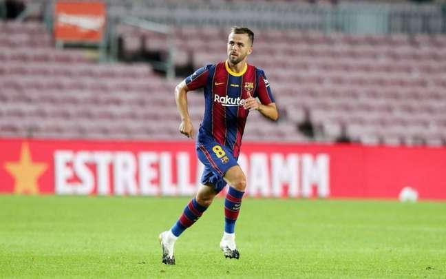 Pjanic só fez uma temporada com a camisa do Barcelona (Foto: Miguel Ruiz / Barcelona)