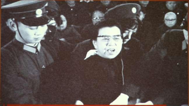 Jiang foi julgada e condenada pelos excessos da Revolução Cultural, após morte de Mao