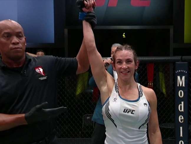 Miesha Tate voltou ao UFC após quase 5 anos já levando um bônus (Foto: Reprodução ESPN)
