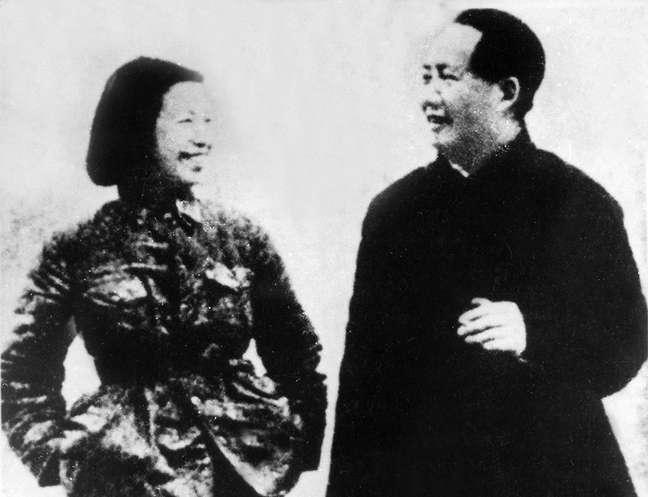 Mao era 21 anos mais velho que Jiang Qing e casado quando se conheceram