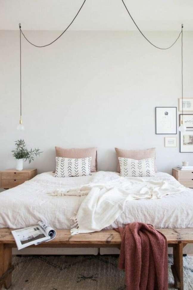 56. Dicas para decorar quarto de casal com estilo minimalista – Foto: Mushka Bazar