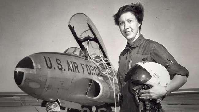 Funk foi a primeira mulher instrutora de voo em uma base militar americana