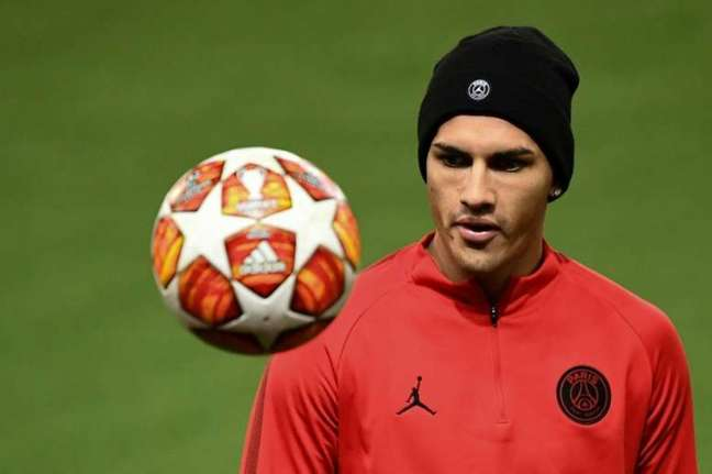 Paredes tem futuro indefinido no Paris Saint-Germain (AFP)