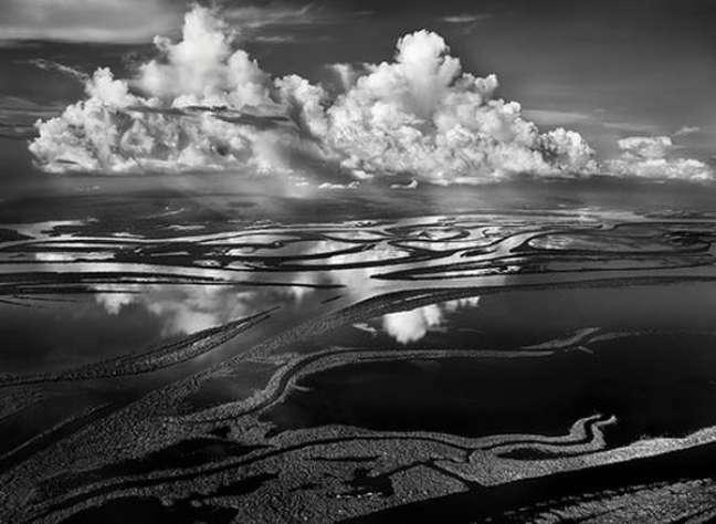 Imagens de Salgado sobre Amazônia serão projetadas em concerto