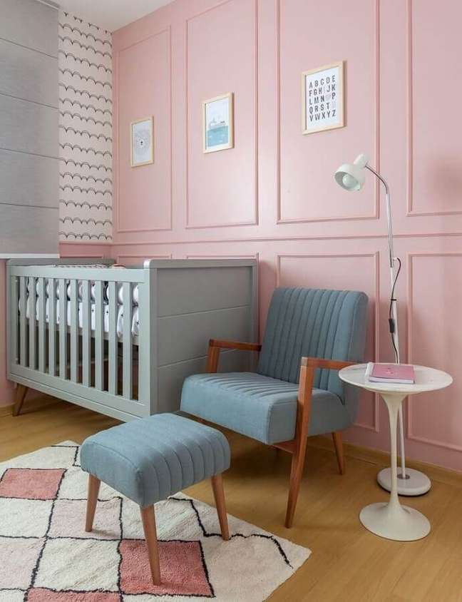 29. A paleta rosa chá é ideal para decorar quarto de bebê – Foto: Amis Arquitetura e Decoração