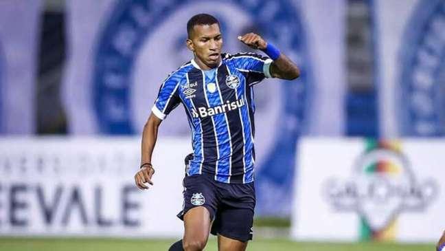 Léo Chú está sem espaço no Grêmio com Felipão e pode ser contratado pelo Fluminense (Foto: Lucas Uebel / Grêmio)