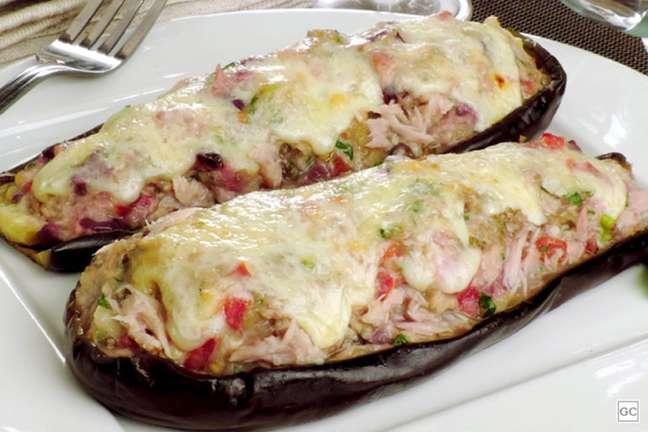Guia da Cozinha - Berinjela com creme de atum: opção diferente para o almoço ou jantar