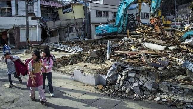 Terremoto e tsunami arrasaram a região de Fukushima em 2011