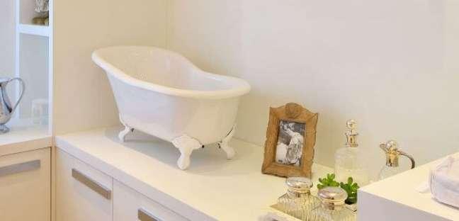 5. Banheira de pé infantil para banheiro – Foto Doka Bath Works