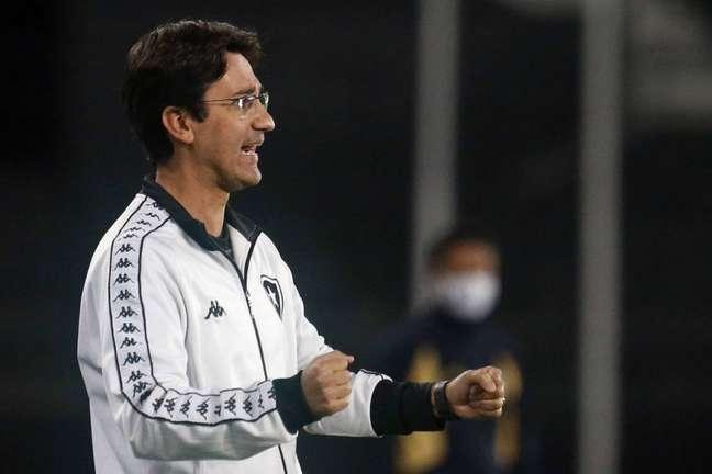 Técnico do sub-20, Ricardo Resende assumiu o Botafogo de forma interina (Foto: Vítor Silva/Botafogo)