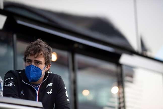 Fernando Alonso vive bom momento na Alpine em seu ano de retorno à Fórmula 1