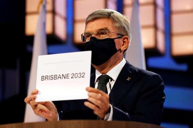 Presidente do COI, Thomas Bach, anuncia Brisbane como cidade-sede da Olimpíada de 2032 21/07/2021 Pool via REUTERS/Toru Hanai