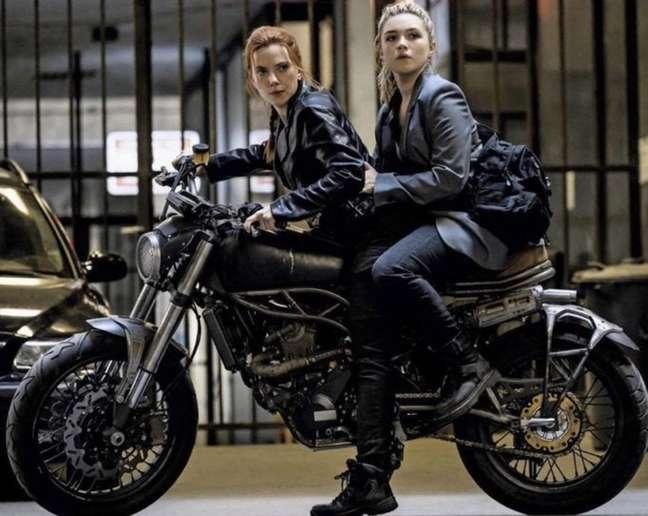 Será que no brinquedo da moto do filme vão trocar a Natasha pelo Steve Rogers de novo?