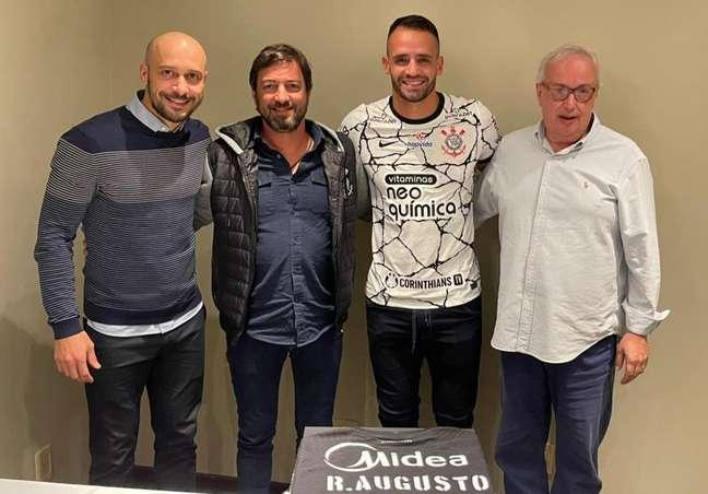 Renato Augusto é o novo reforço do Corinthians