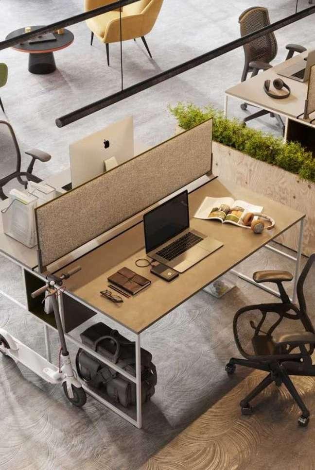 8. Divisórias para escritório na mesa – Foto Pinterest