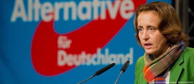 Ativa em círculos de direita desde os anos 1990, Beatrix von Storch é hoje uma das dirigentes da AfD