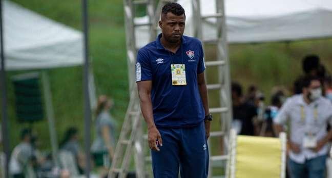 Isaías Rodrigues era treinador do time Sub-18 do Fluminense e morreu nesta sexta-feira (Foto: Divulgação)