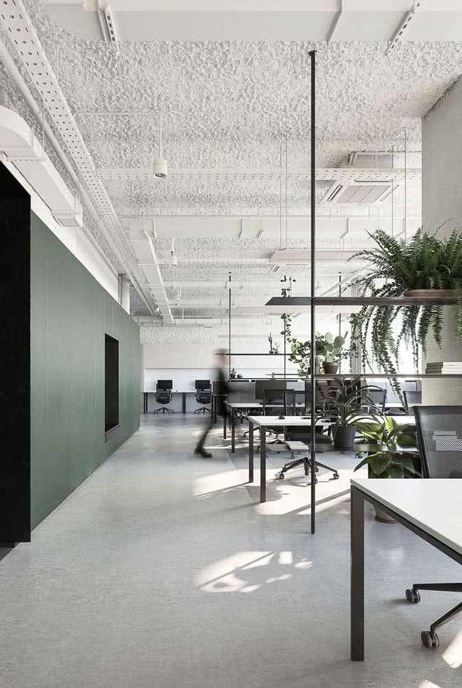 25. Divisórias para escritório com mesa branca – Foto Pinterest