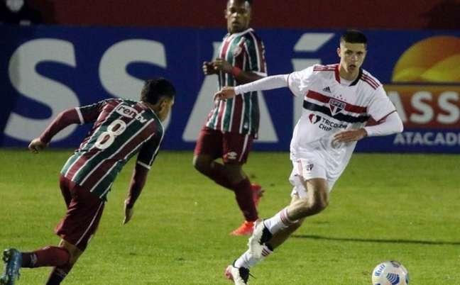Mateus Amaral, meia do Sub-17 do São Paulo (Foto: Divulgação)