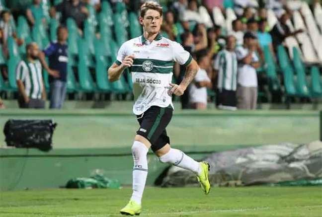 Luiz Henrique joga desde os 13 anos no Coritiba (Foto: Divulgação/Coritiba)