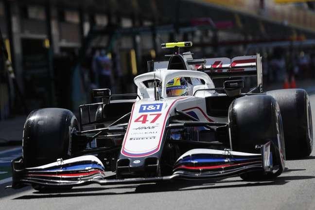 Mick Schumacher ainda busca primeiros pontos na F1