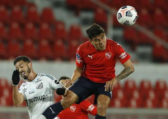 Santos e Independiente duelam por vaga nas quartas de final da Copa Sul-Americana