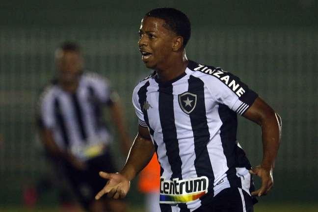 Ênio em ação pelo Botafogo (Foto: Vítor Silva/Botafogo)