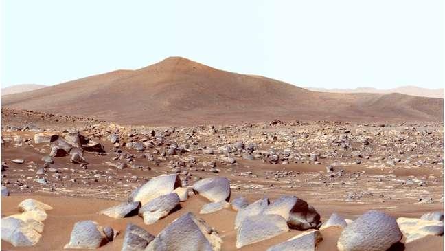 A superfície de Marte é fria e seca, além de ser bombardeada com radiação