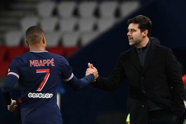 Mbappé foi o principal nome do PSG na temporada 2020/21 (Foto: FRANCK FIFE / AFP)