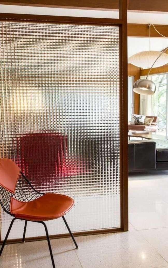 56. Divisórias para escritório feita de vidro – Foto Lolahome