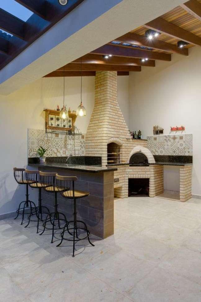 7. Área gourmet com chaminé para churrasqueira – Foto archtrends