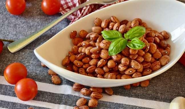 Você mais novo e sem colesterol: as 5 vantagens do feijão