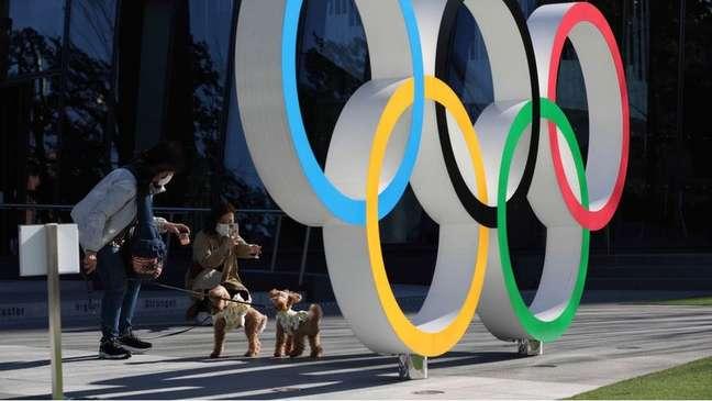 Clima em Tóquio às vésperas da cerimônia de abertura era de 'indiferença' e 'decepção', diz professor