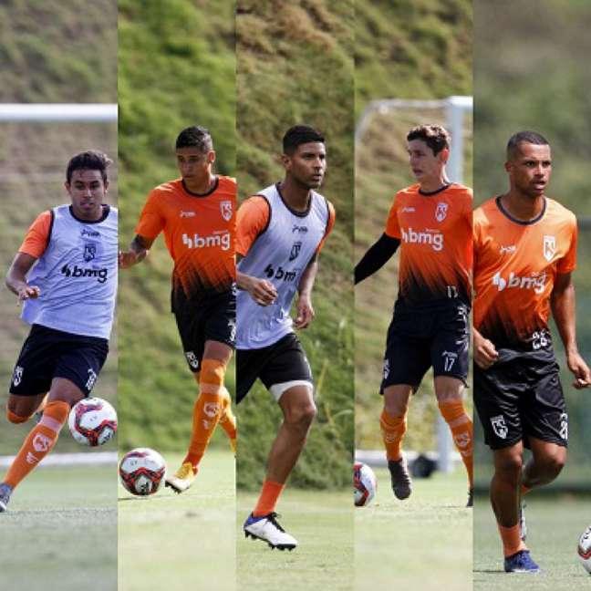 Rafael Freitas, Ribeiro, Valdir, Eduardo e Klysman jogarão em Portugal na temporada 2021/22-(Fotos de Henrique Chendes/Coimbra)