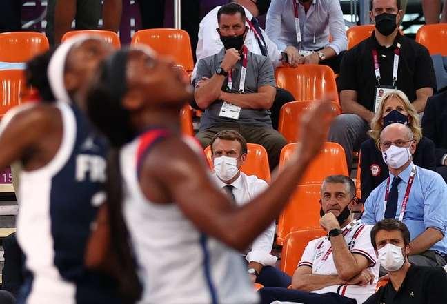 Macron e Jill Biden assistem EUA derrotarem a França no basquete 3x3 feminino 24/07/2021 REUTERS/Andrew Boyers