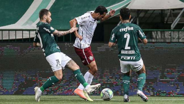 Marcos Rocha, Lucas Lima e Nenê, em confronto do ano passado (LUCAS MERÇON / FLUMINENSE F.C.)