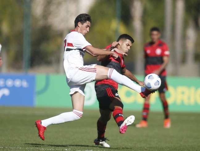 São Paulo e Flamengo empataram por 3 a 3, na semi do Brasileiro sub-17 (Foto: Fernando Teixeira/Saopaulofc.net)