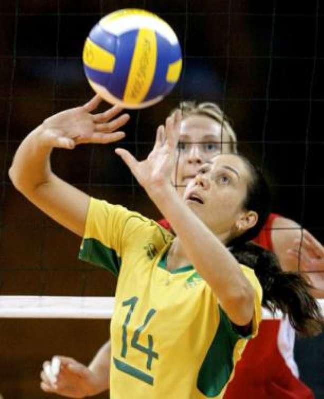 Fernanda Venturini jogava pela Seleção com a camisa 14 Wander Roberto COB