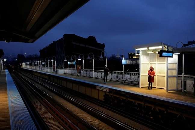 Estação de trem em Chicago 16/03/2020 REUTERS/Joshua Lott